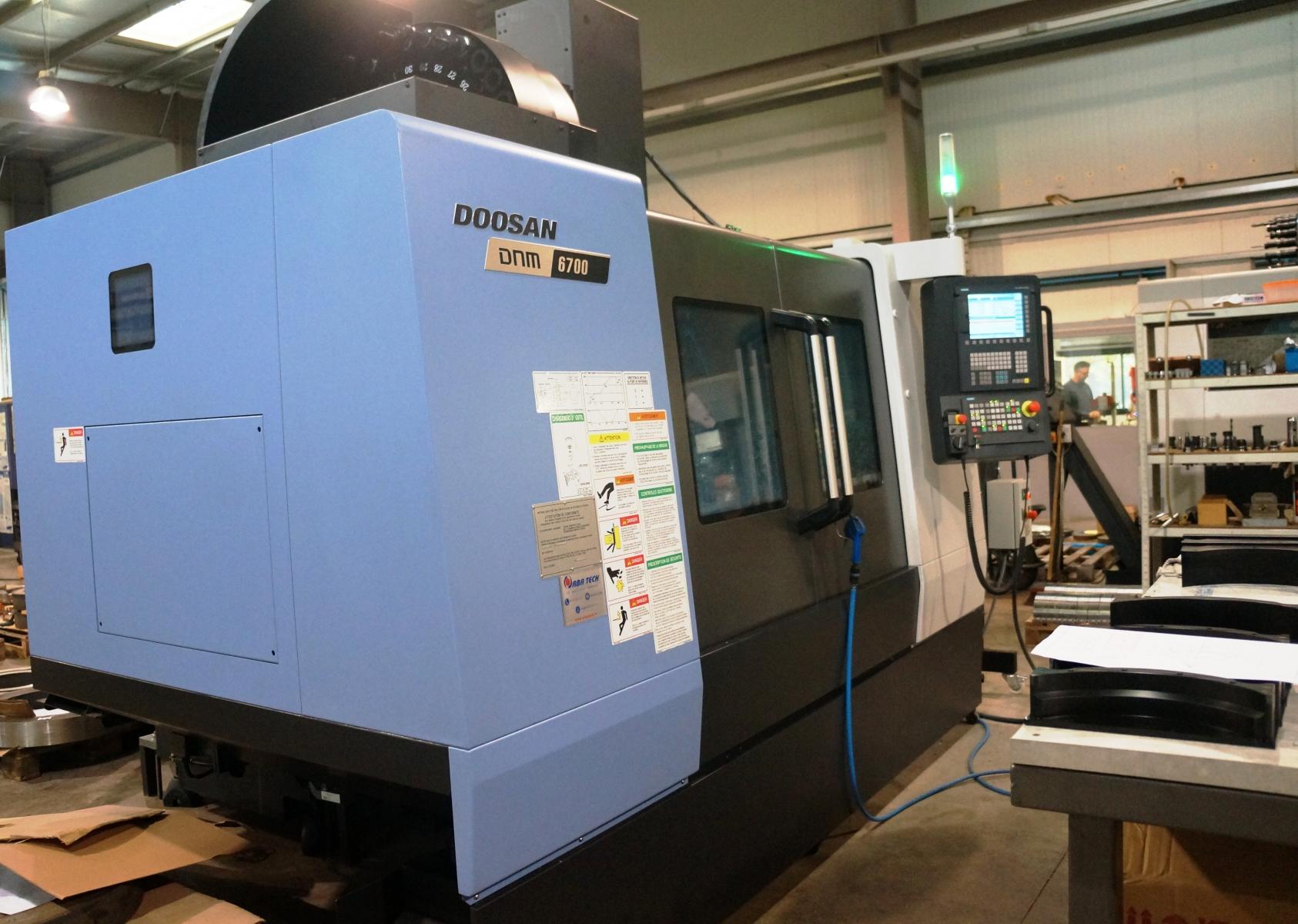 Centre d'usinage DOOSAN DNM6700